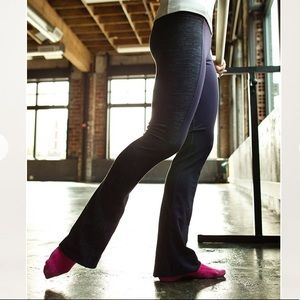 Lululemon Barre Pulse Pant Yoga Pants